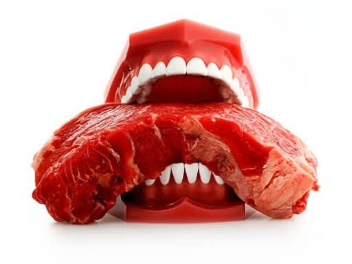 teeth-bite-meat