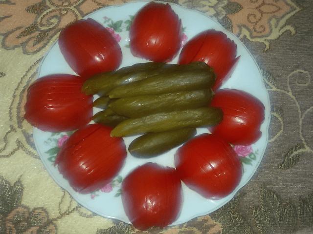 خیارشور گوجه